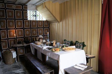 . . .  dining room . . .